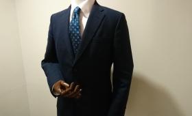 スーツ〈プンタウール〉
