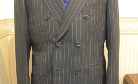 スーツ〈クリソルド〉