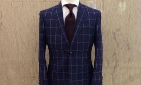 スーツ<ビエレッシ>