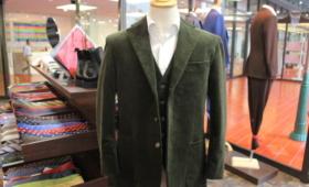 スーツ <ブリスベンモス>