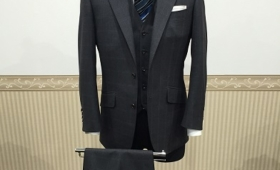 3Pスーツ< BIELLESI(ビエレッシ)>