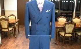 スーツ〈トレーニョ〉