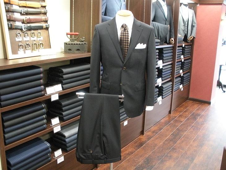 スーツ〈ランバン〉