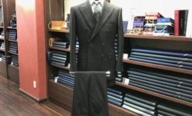 スーツ<テイラー&ロッジ>