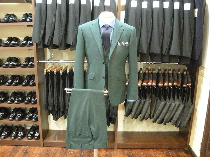 スーツ 〈カノニコ〉