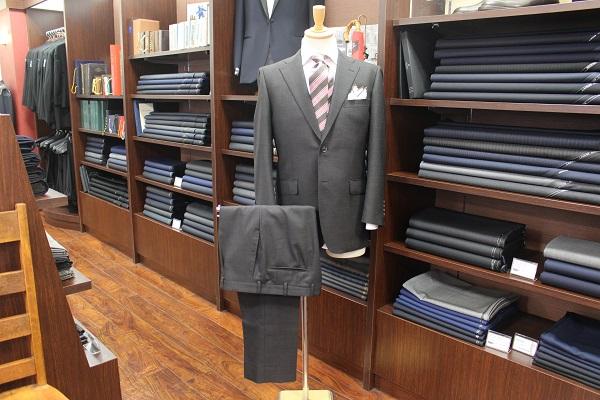 スーツ〈特選服地〉