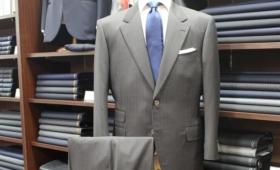 スーツ〈  Riabella  〉