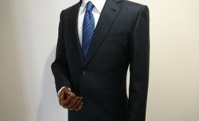 スーツ〈ロロピアーナ〉