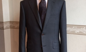 スーツ<DORMEUIL/15 POINT 7(ドーメル)>