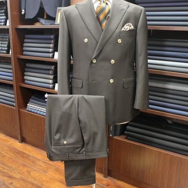 スーツ〈  CANONICO   〉