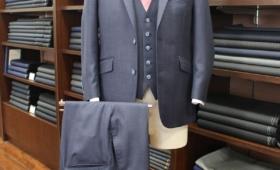 スーツ〈  REDA  〉