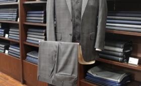スーツ〈  TALLIA DI DELFINO  〉