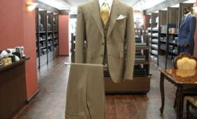 スーツ〈ラッシャーミルズ〉
