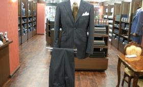 スーツ〈カンポーレ〉