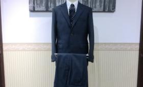 スーツ〈CANONICO〉