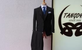 スリーピーススーツ(CANONICO)