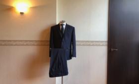 スーツ<CHARLES CLAYTON(チャールズクレイトン)>