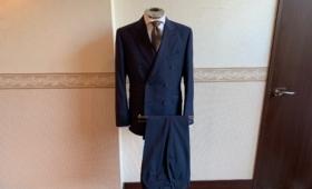 ダブルブレストスーツ〈TOLLEGNO(トレーニョ)〉